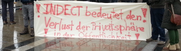 Transparent auf dem #IDP13 (by @delaroche3)