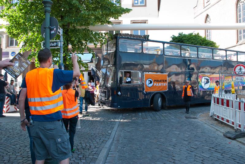 Piratenbus (Quelle: Fotograf Leonie Tonsen)