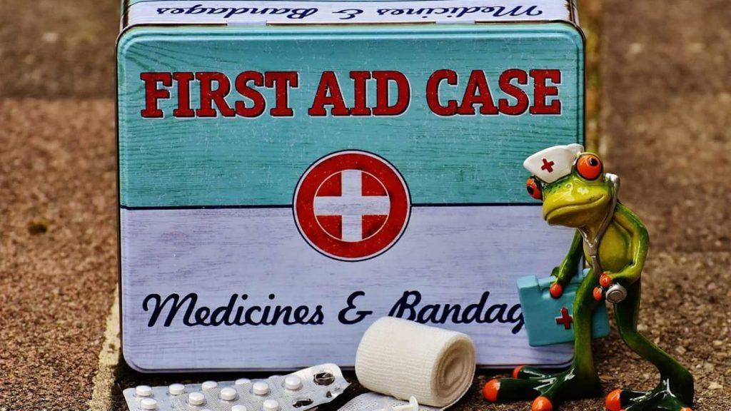 Erste-Hilfe-Kasten (CC0 by Alexas_Fotos)