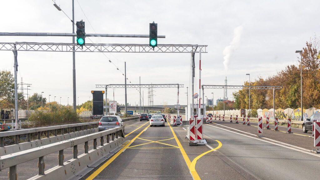 Sperranlagen an der Leverkusener Brücke © Raimond Spekking
