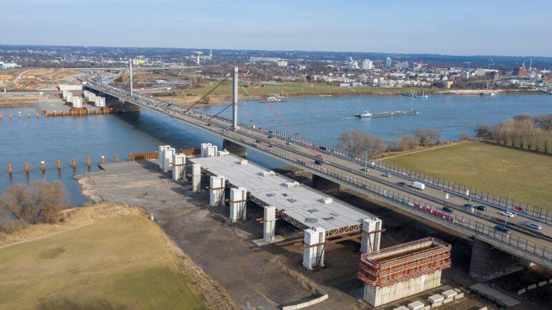 Leverkusener Brücke im Baustopp (© Raimond Spekking)